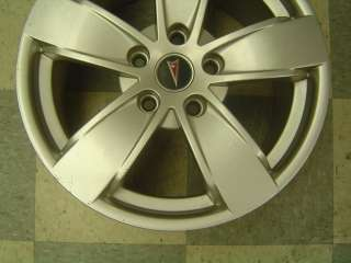 04 06 Pontiac GTO OEM Wheels 17 x 8 Silver PZ9 5 Spoke