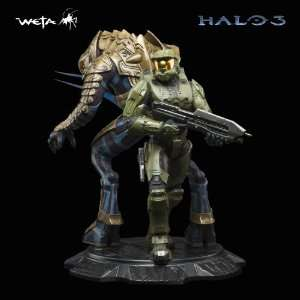Halo Master Chief and Arbiter Toys & Games