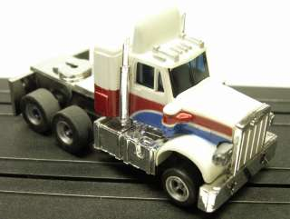 AFX   Vintage Semi Truck Cab White/Red/Blue (MIP)