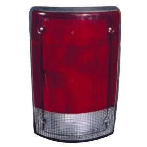 FORD ECONOLINE VAN 95 03/EXCURSION 00 05 TAIL LIGHT UNIT