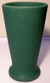BAUER POTTERY EARLY MATTE GREEN RED CLAY VENUS VASE