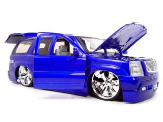 CADILLAC ESCALADE BLUE 118 SCALE DUB DIECAST MODEL