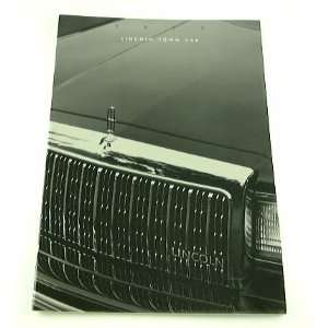 1993 93 Lincoln TOWN CAR BROCHURE Cartier Executive